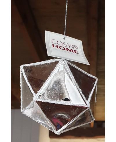 Kerstbal met zilverkleurige driehoeken